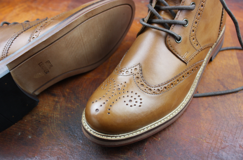 How To Clean Coloured Shoes & Leather