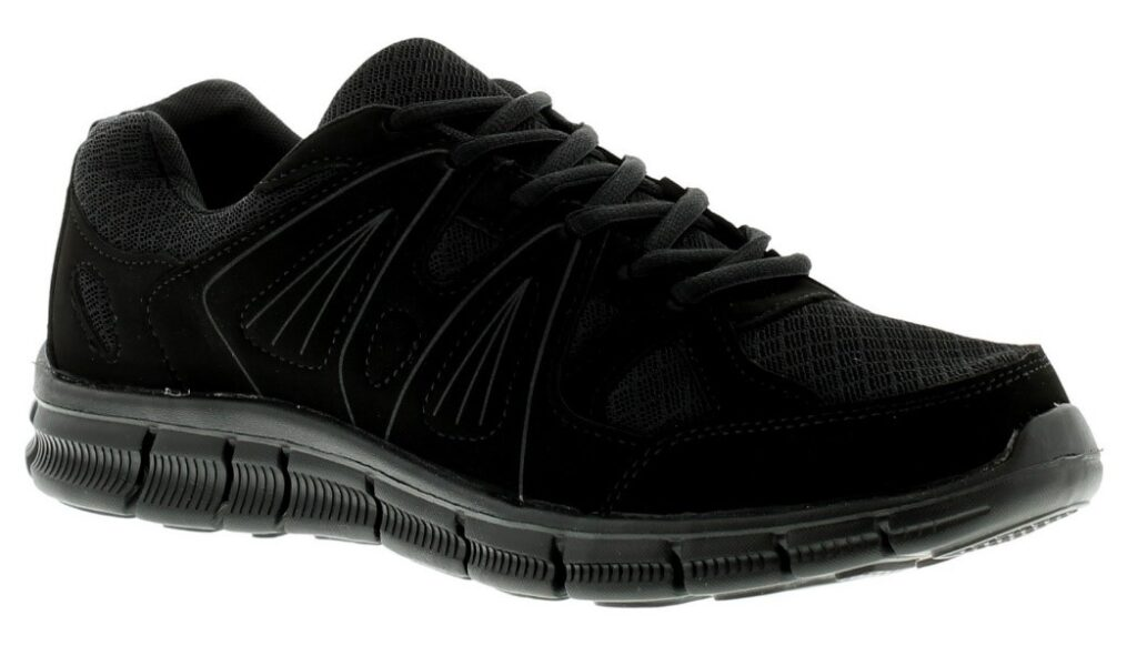 Save some moolah but still pack a design punch in the Focus Chad running shoes.