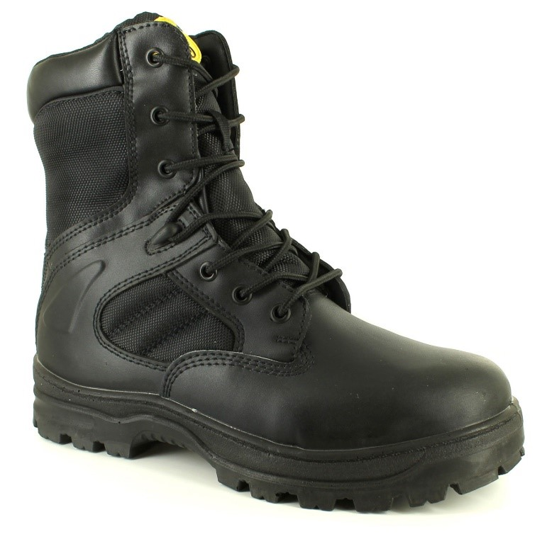 These Tradesafe Drill boots offer hardcore protection with steel toe cap and midsole.