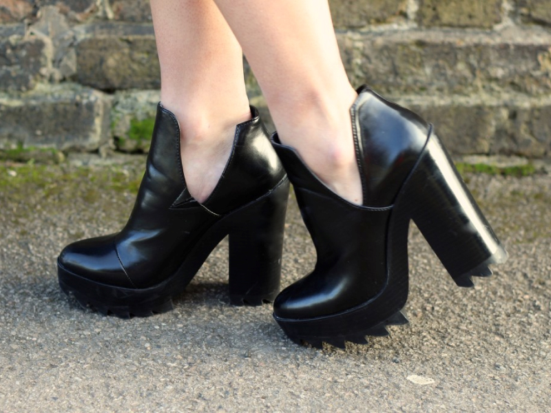 Platform-Ankle-Boot